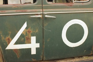 image of number 40 on old car